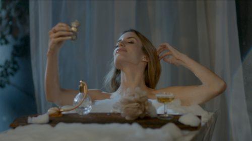 Devil's Fragrance - Werbung - Regie: Beryl Guhl